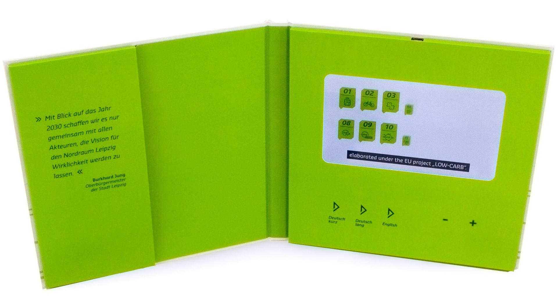 Zusammenstellung der Videokartonage und der Broschüre